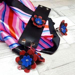 Bőr virágos ékszerszett ajándék selyemkendővel - piros, fekete, kék