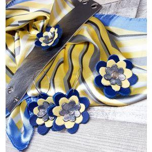 Bőr virágos ékszerszett AJÁNDÉK selyemkendővel - kék, ezüst, sárga