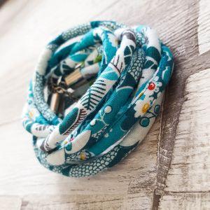 Kék/fehér mintás nyaklánc-karkötő