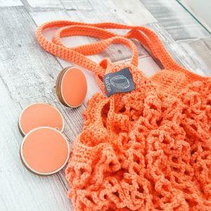 Cekker passzoló színű fülbevalóval, ajándék gyűrűvel -korall
