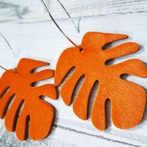 Élénk narancs bociszőr bőr monstera fülbevaló