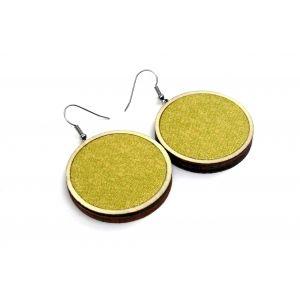 Csillogó arany textillel készült fülbevaló