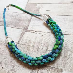 Csomózott nyaklánc - türkizkék-zöld