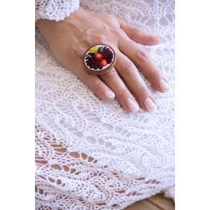 Kézzel hímzett matyó mintás design gyűrű - barna