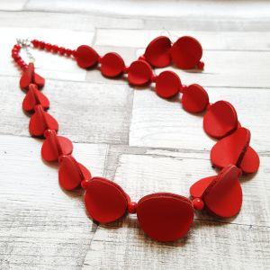 Piros bőrből készült pillangó ékszerszett - nyaklánc, fülbevaló