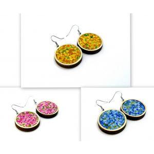 Kis virágos fülbevalók választható színben és méretben