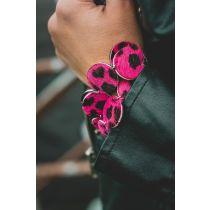 Fekete/pink leopárd mintás bőr karkötő